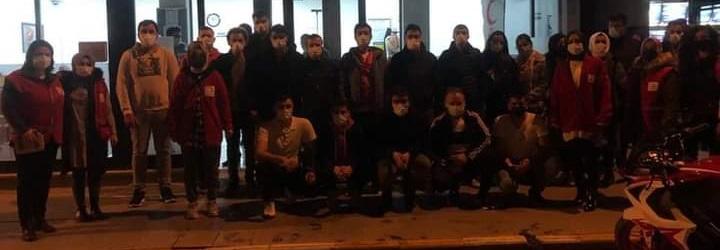AK Partili gençler, kan bağışında bulundu