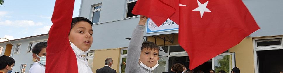 Bozkurt'ta ilk ders zili çaldı
